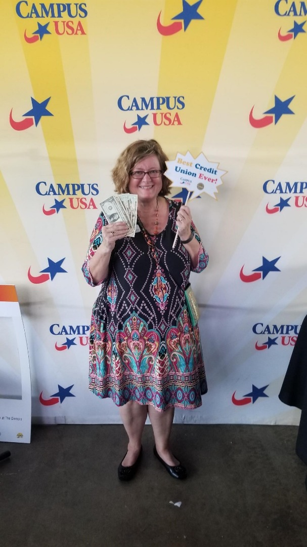 CAMPUS USA Credit Union Cash Cube Winner at Tallahassee Demo Awards